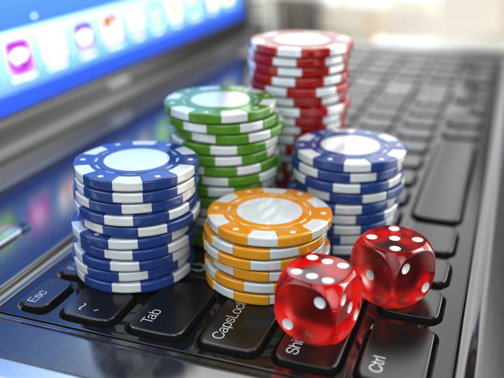 Top Reasons for Playing Online Poker