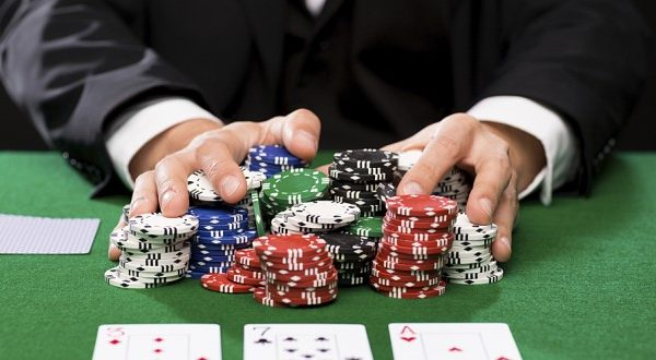 Pkv Games Poker, Get Off Your Comfort Zone And Try Something New