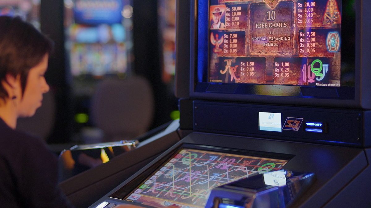 Play Casino Games at Any Time Online